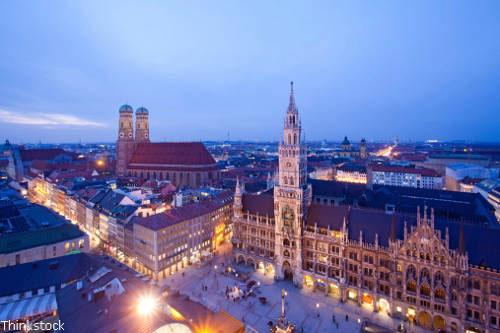 Praktikum in München - Blick auf das Rathaus